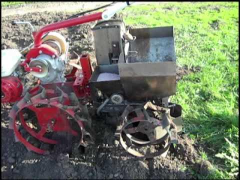 Картофелесажалка на трактор своими руками фото 933