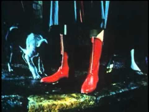 Nokia city rubber boots in garden - 2 1