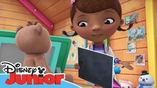Magical Moments - Dottoressa Peluche - Ospedale dei giocattoli - Il problemino di Teddy B