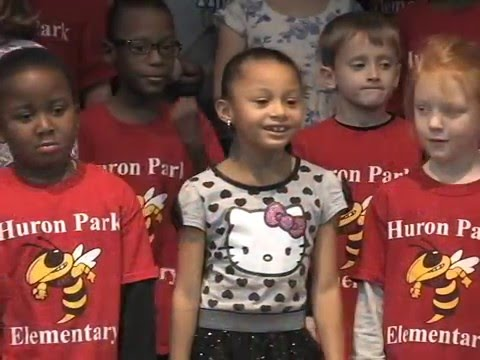 Huron Park Holiday Vocal Music Concert 2015