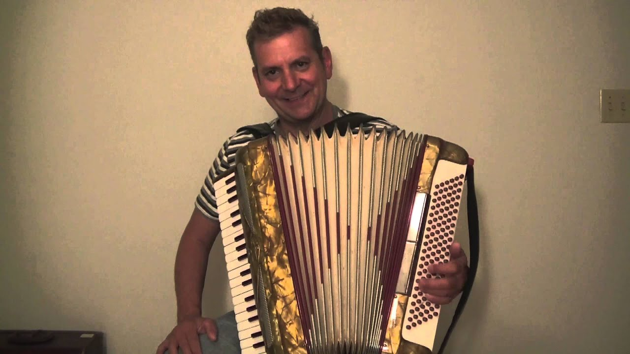 IMPERIAL LINDO ACCORDION FOR SALE