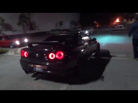 Purist Group Skyline GT-R's leaving Meet 2016