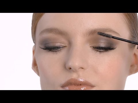 How-To: Mariah Carey Smoky Eye And Lash Party Look I MAC Tutorial