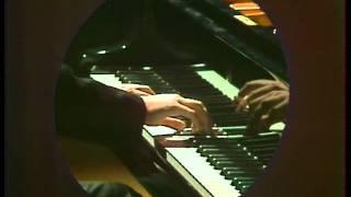 Zoltan Kocsis plays Debussy: Arabesque No. 1