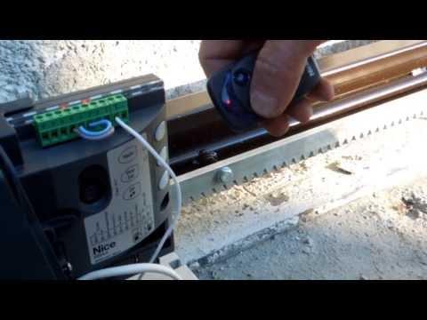 Монтаж откатных ворот своими руками видео инструкция