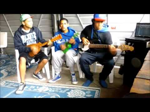 "Cook Island Young String Band - ""MouPiri, Oto Oto, Roimata"""