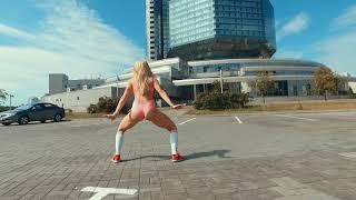 Twerking by Alex For KIKI Challenge Drake In My Feelings