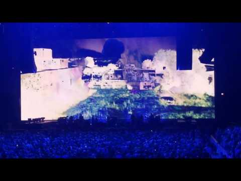 Roger Waters, Us+Them tour, opening , United Center, Chicago, 07/23/17