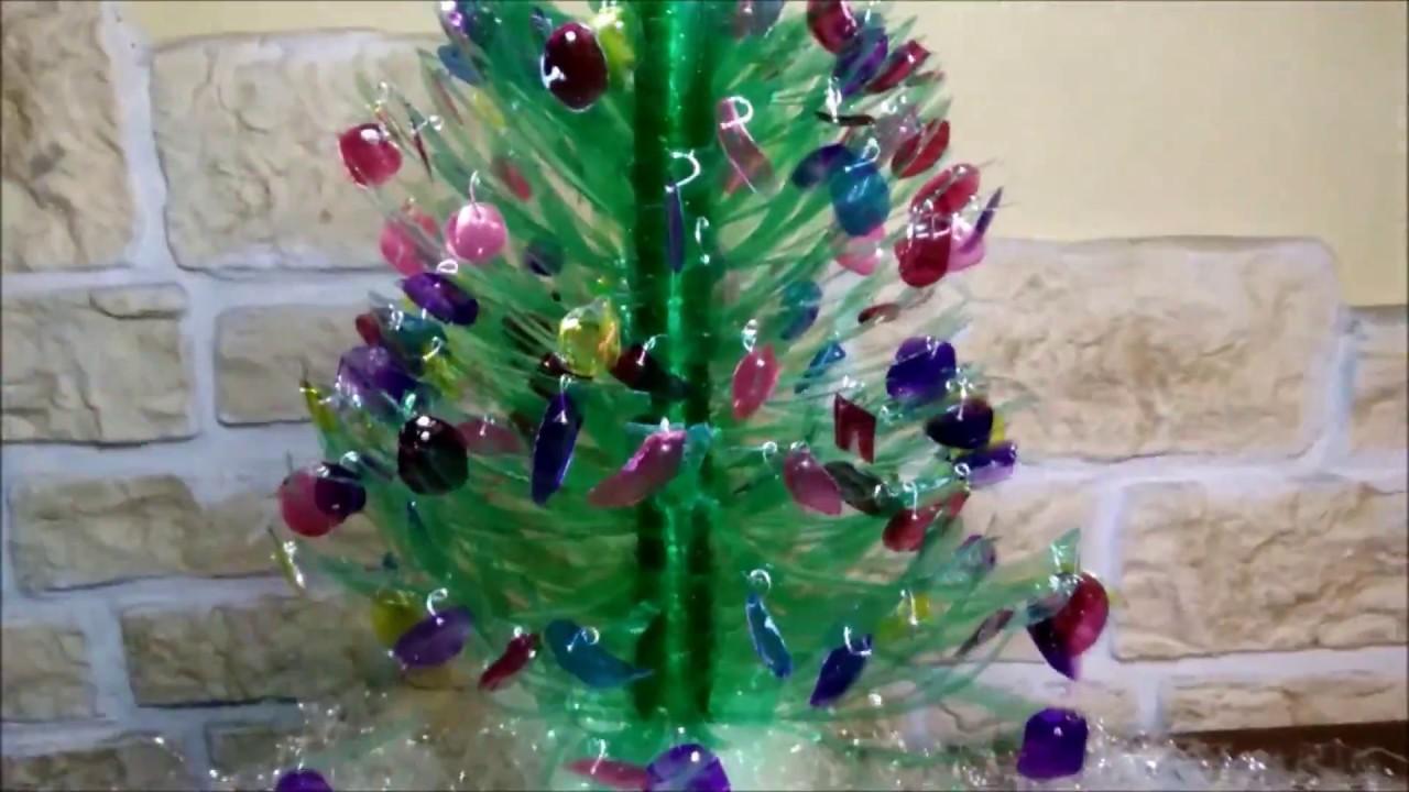 Super Come fare addobbi natalizi un albero di natale con le bottiglie di  UZ77