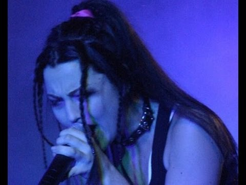 Evanescence - Haunted (Live Cologne 2003)