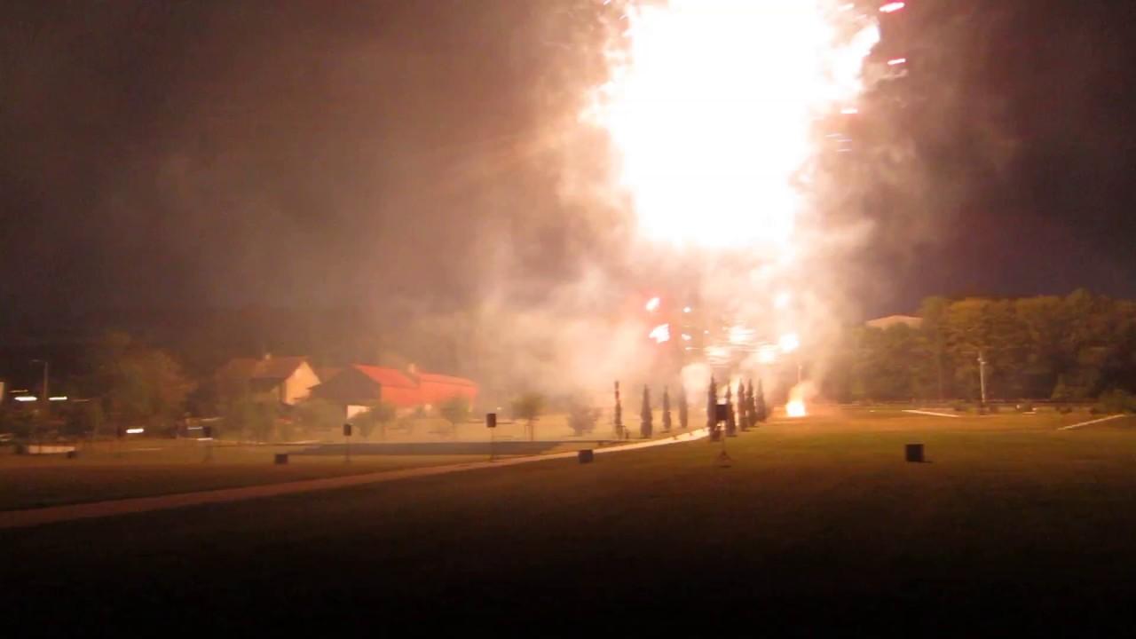 """Résultat de recherche d'images pour """"feu d'artifice à ferney"""""""