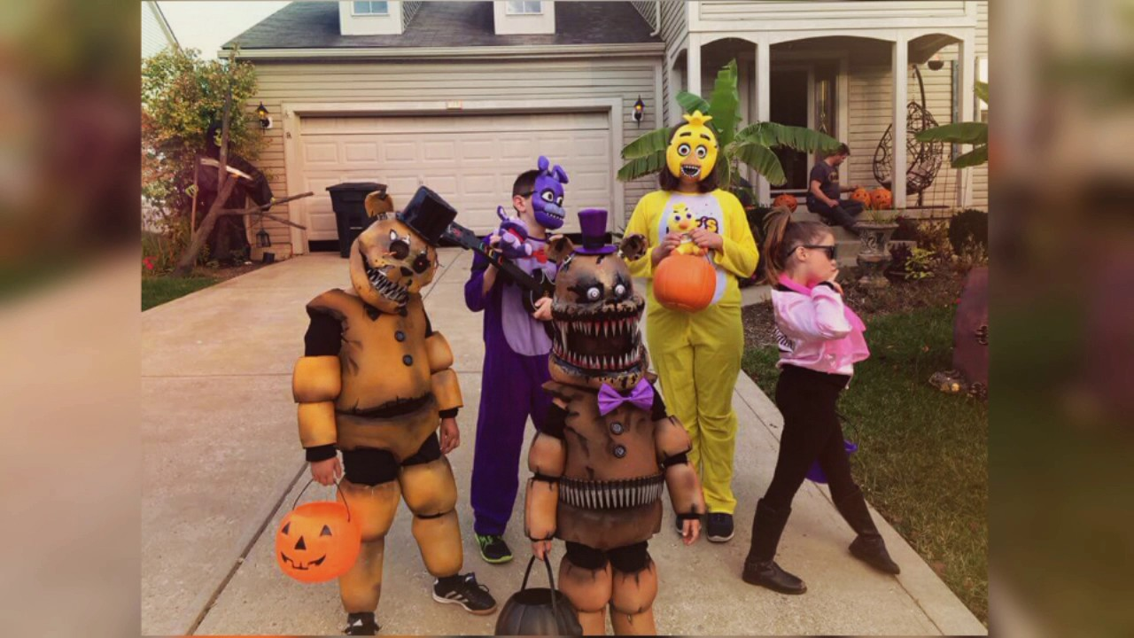homemade five nights at freddys costumes