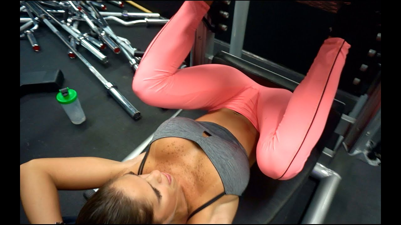 Workout in yoga pants then fucked 10