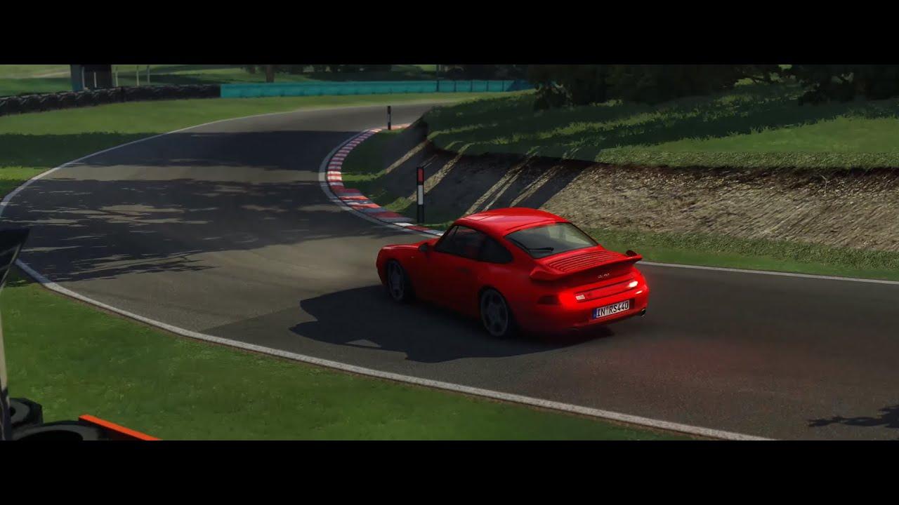 Porsche 993 Turbo @ Cadwell Park