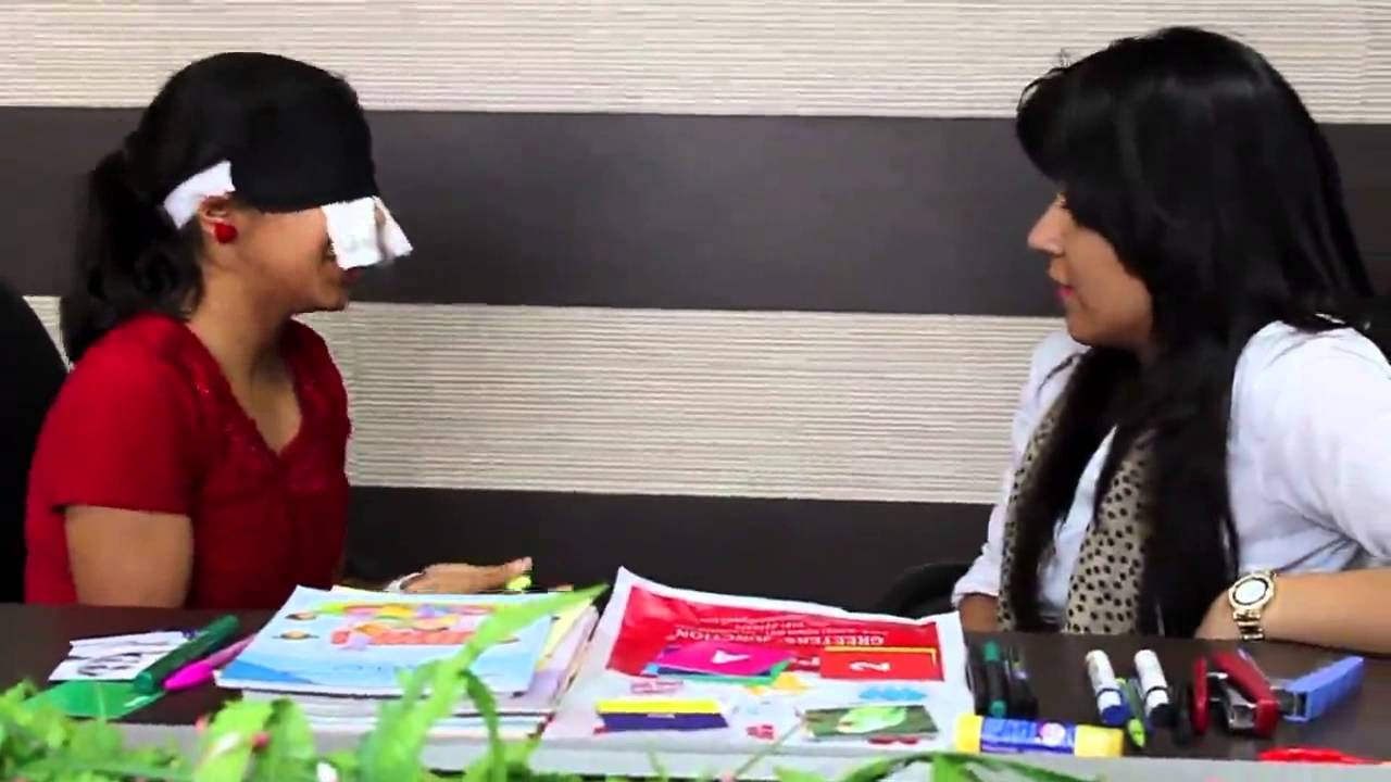 Girl Can Read See Blindfolded Youtube