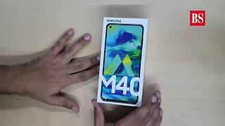 Samsung Galaxy M40 hands-on: Punch hole screen, Qualcomm Snapdragon 675 SoC, One UI, & more