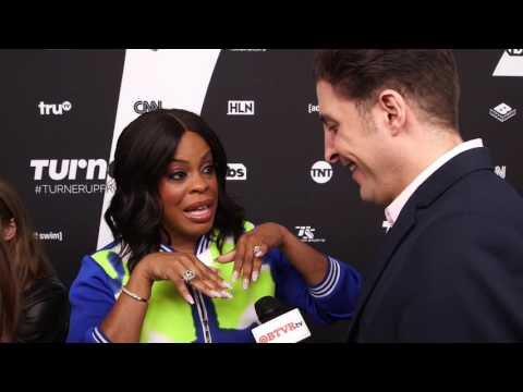 "Niecy Nash Talks ""Claws"" at the Turner Upfront Red Carpet"