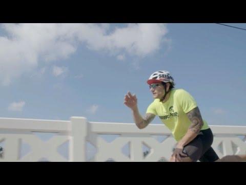 Long-distance skateboarder breaks world records
