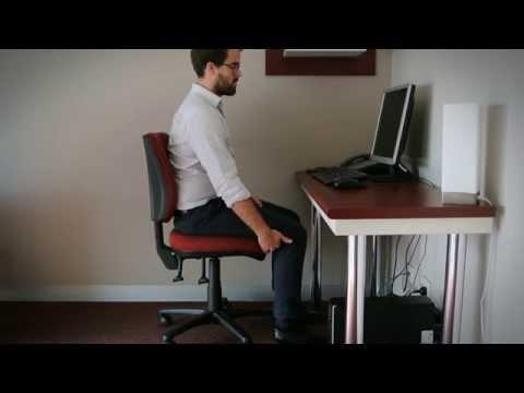 The Importance of Desk Ergonomic Set Up // Back In Motion Hawthorn