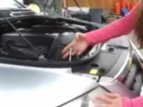 2004 Vw Touareg Headlight for How to Replace Old with NEW HID bulb - YouTube