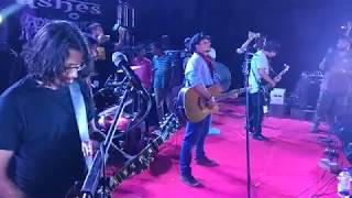 Ashes live 'kemon acho' at  Government Muslim High School !