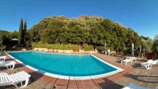 07 piscina Camping Village Blucamp a Campiglia Marittima in Maremma