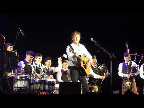 Paul McCartney - Mull Of Kintyre - Brisbane, Australia 09 December 2017