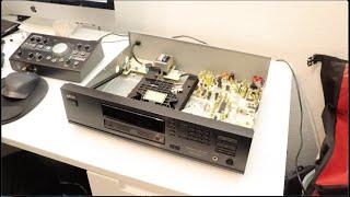 Akai CD-57 - A look Inside , What's Inside + Audio Test , Sound demo