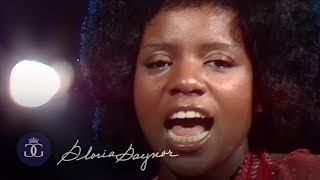 Gloria Gaynor - Never Can Say Goodbye / Reach Out I'll Be There (Starparade, 05.06.1975)