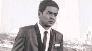 Repeat youtube video Gloc9 MKNM Mga Kwento ng Makata Album (2012)