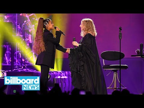 Ariana Grande And Barbra Streisand Perform Surprise Duet In Chicago | Billboard News