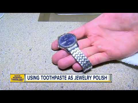 How to use toothpaste to polish your jewelry