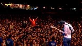 Biffy Clyro - Living Is a Problem Because Everything Dies - Reading 2013 [HD]
