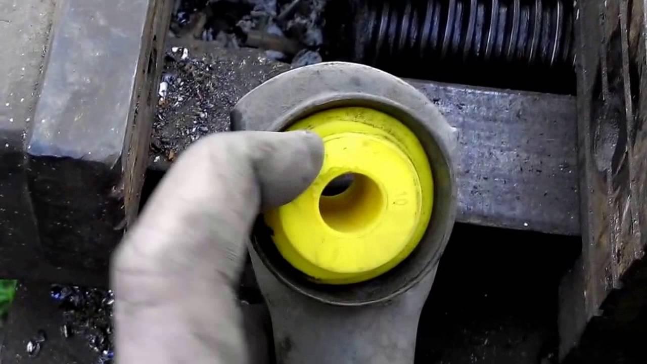 Замена втулок реактивных тяг на полиуритановые