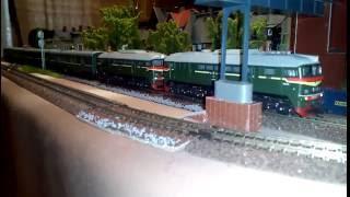 2м62 с поездом в тт масштабе.