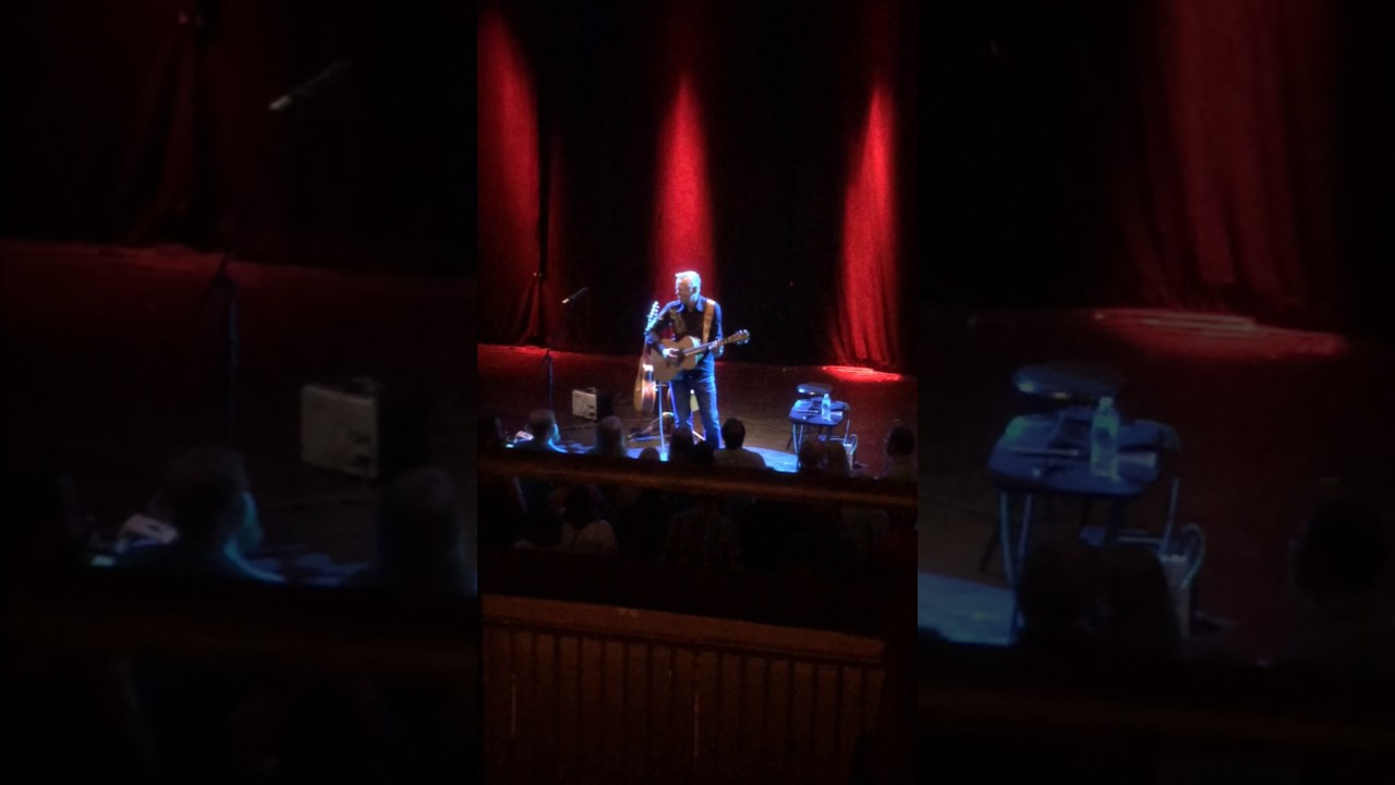 to b or not to b tommy emmanuel cox capitol theatre macon georgia 5 6 17 youtube. Black Bedroom Furniture Sets. Home Design Ideas
