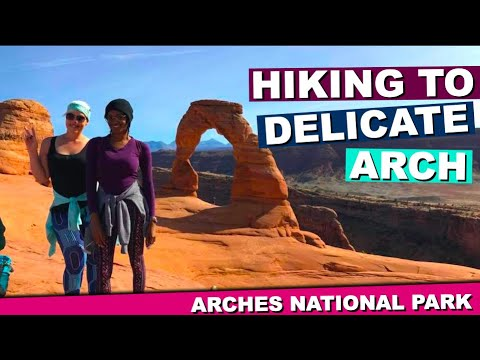 Bus It Babes Hikes The Arches Of Moab