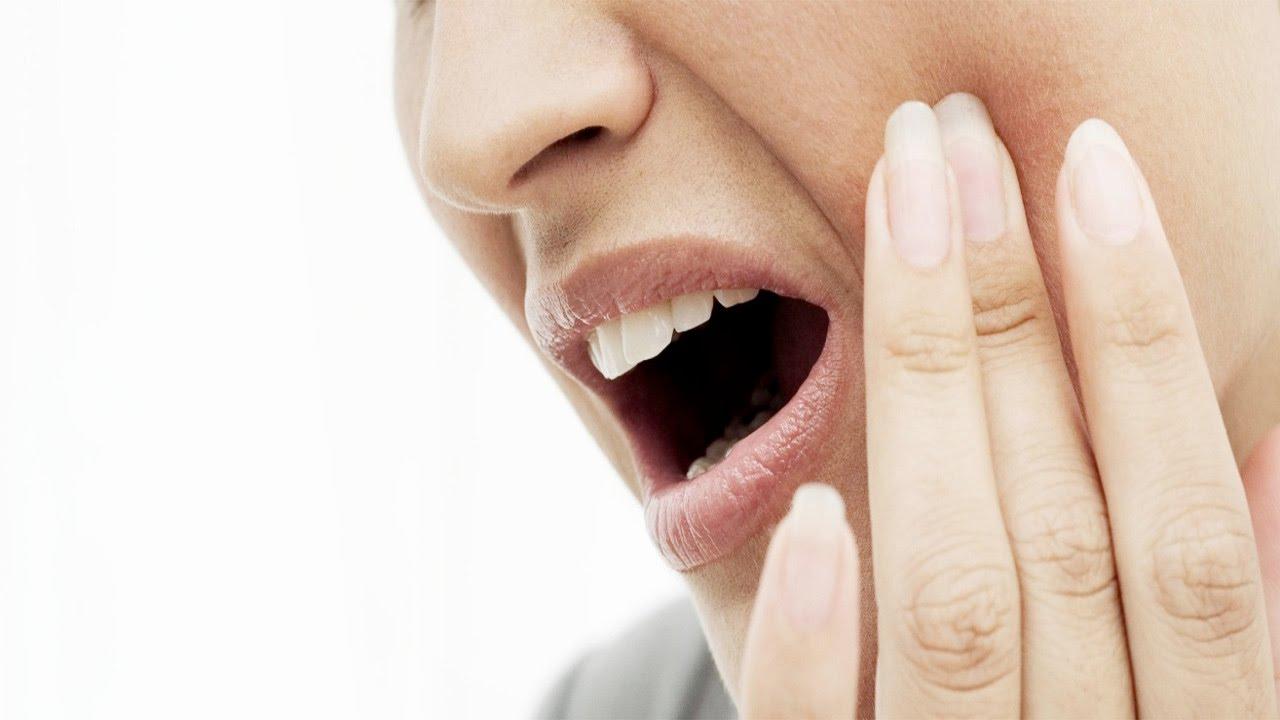 5 Cara menghilangkan   meredakan sakit gigi dengan cepat - YouTube 5d3a83e126