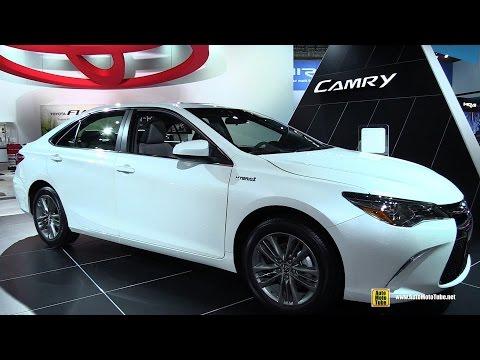 2015 Toyota Camry Hybrid SE - Exterior and Interior Walkaround - 2015 Detroit Auto Show