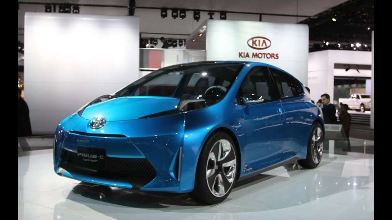 2015 toyota prius c review youtube. Black Bedroom Furniture Sets. Home Design Ideas