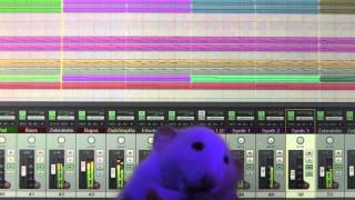 Groovy rat dancing to my new WIP electronic song