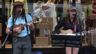 "Busking With JP Cooper ""Sing It With Me"" * Allie Sherlock"