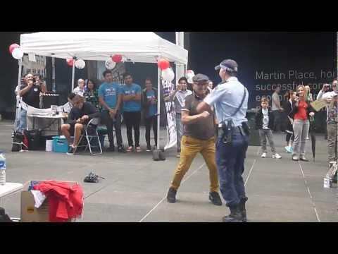 Dancing Police Woman Busts A Move In Australia (VIDEO)