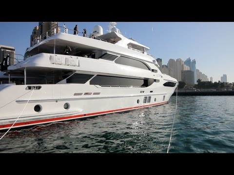 Exclusive boats/yachts in Dubai!