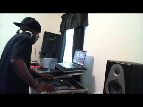DJ DELLMATIC SPINNING LIQUOR HOUSE MUSIC!!