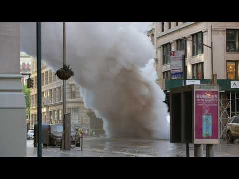 Massive Steam Leak Closes Streets In NYC