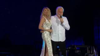Kenny Rogers with Linda Davis We've Got Tonight