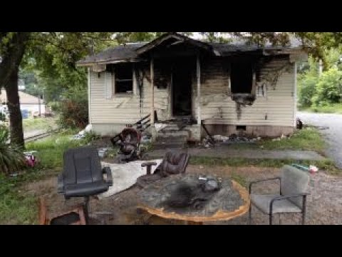 Arkansas man dies in house fire trying to save children