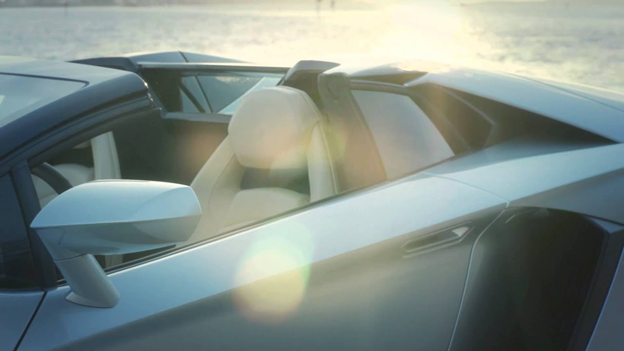 Aventador  LP 700 4 Roadster
