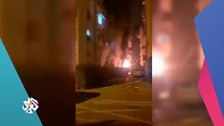 شاهد الذعر والخوف لدى المستوطنين الإسرائيليين بعد تدمير مبنى بصاروخ مباشر للمقاومة│ تغطية خاصة